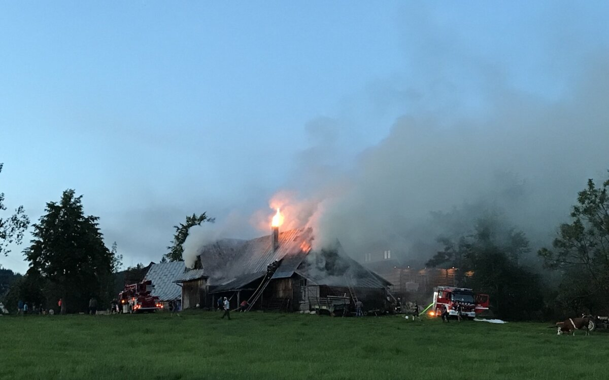 Pożar w Kościelisku. Kilkanaście zastępów w akcji