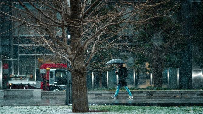 Pogoda na dziś: opady w całym kraju, <br />silniejszy wiatr, do 5 stopni